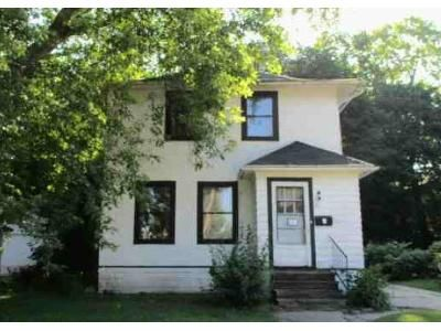 3 Bed 1 Bath Foreclosure Property in Waukesha, WI 53186 - Hinman Ave