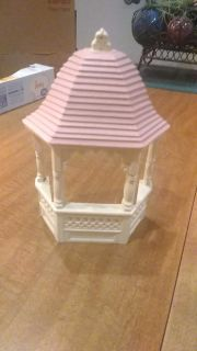 Home interiors gazebo 6 inches wide 8 inches high, can hang or set on table