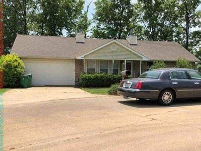 3 Bed 2 Bath Foreclosure Property in Pacific, MO 63069 - Peach Tree Ct