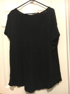 Cute black top from Nordstrom rack. Size 3x