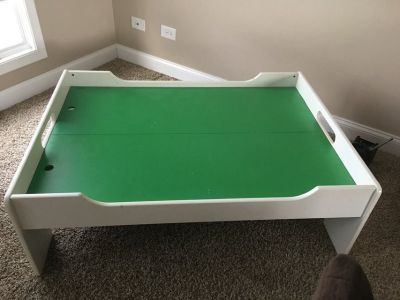 Train Table with 2 drawers
