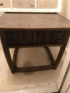 NEED GONE 9/9 FREE END TABLES