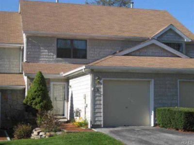 9 Penelope Court Mahopac Two BR, Gorgeous Townhouse located in