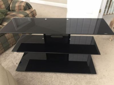 Like new entertainment stand