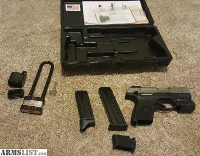 For Sale: 9mm Ruger SR9c - like new $275