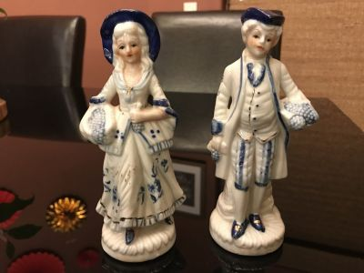 Nice couple figurines