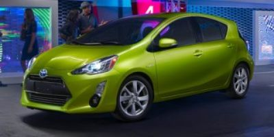 2016 Toyota Prius c One (Green)