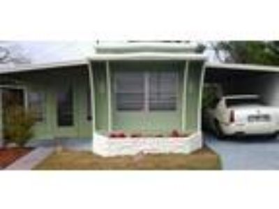 BEAUTIFUL One BR/ One BA with 10 X 16 FLORIDA ROOM