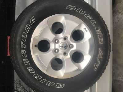 Jeep Bridgestone AT tires and rims