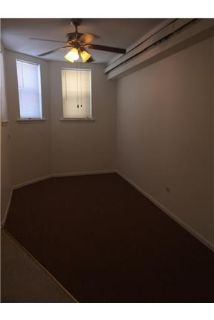3 bedrooms, 1 bathroom, $1,253/mo - convenient location.