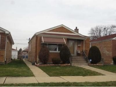 3 Bed 1 Bath Foreclosure Property in Riverdale, IL 60827 - S Throop St