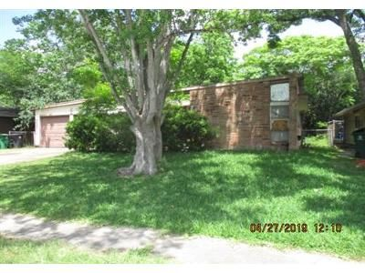 3 Bed 1.1 Bath Foreclosure Property in Houston, TX 77074 - Leader St