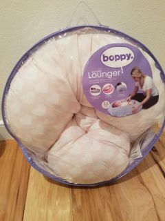 Boppy Lounger Pink with White Hearts