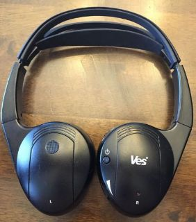 Sell VES Chrysler Dodge Headphones Rear Entertainment 05107082AC 05107082AD motorcycle in McHenry, Illinois, United States, for US $29.95