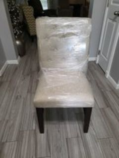 CHAIRS (4) Tufted, Nailhead NEW