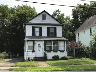 4 Bed 2 Bath Preforeclosure Property in Batavia, NY 14020 - Buell St