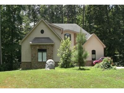 3 Bed 4 Bath Preforeclosure Property in Zebulon, NC 27597 - Valentine St