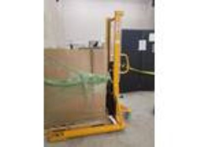 Northern Industrial Tool Manual Hydraulic Stacker, like new, 249 or best offer