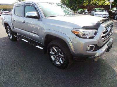 2018 Toyota Tacoma Limited V6 (Silver Sky)