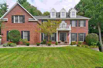 15 Cinnamon LA Clifton Park Five BR, 1 Smart Choice.