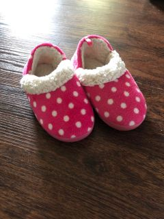 Medium 7-8 Toddler Slippers
