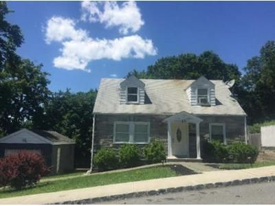 3 Bed 1.5 Bath Foreclosure Property in Dover, NJ 07801 - Mountain Ave