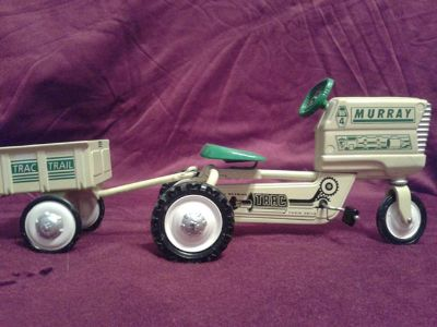 $45, 1996 Hallmark Kiddie Classic Car Collectible 1961 Murray Tractor, Trailer