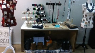 NEW BOUTIQUE IN AZLE TEXAS ACROSS FROM EL PASEO RESTAURANT