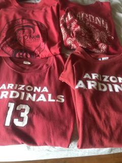 Lot of 4 T-shirt s