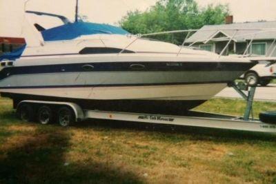 1989 Bayliner 2755 Sunbridge