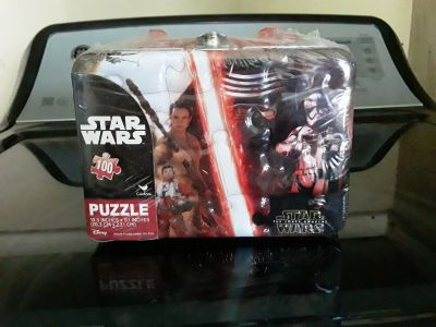 New in package Star Wars 100 piece puzzle