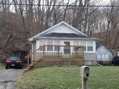 2 Bed 1 Bath Preforeclosure Property in East Peoria, IL 61611 - Meadow Ave