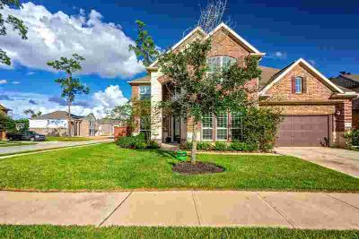 17124 Numid Lake Court Houston Four BR, Welcome home!
