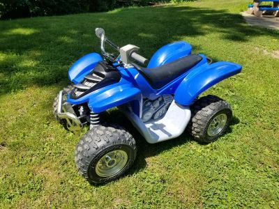 Yamaha Raptor ATV 12V battery powered! Needs charger, not sure if battery works. FIRST COME! NO HOLDS!