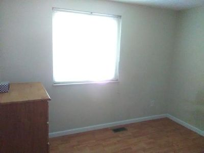 $125 a week Room for rent.Come with $150 move in TODAY, No Preference