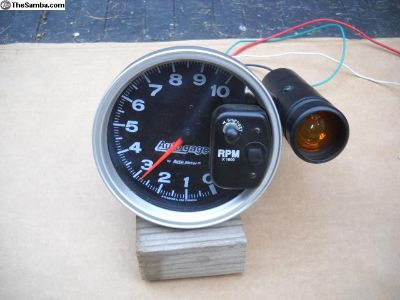 "Autometer 5"" Tach with Shift Lite"