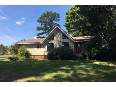3 Bed 2 Bath Preforeclosure Property in Boiling Springs, SC 29316 - Shoally Park Dr