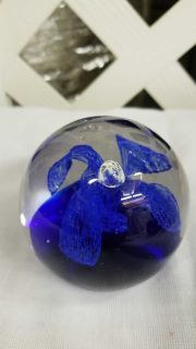 Gorgeous blue flower paperweight