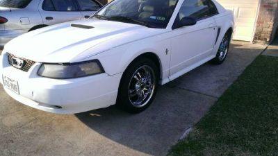 2000 Mustang sale or trade
