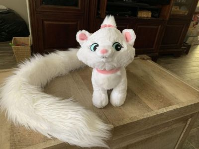 Disney Park Marie plush with approximately 4 foot tail