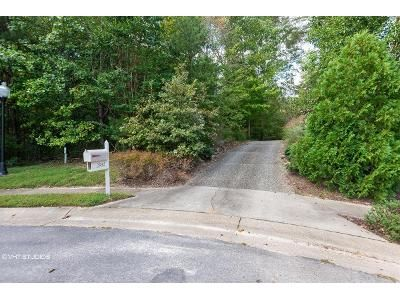 4 Bed 3.5 Bath Foreclosure Property in Toano, VA 23168 - Leatherleaf Dr