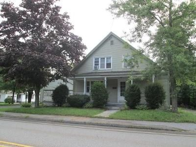 3 Bed 1.5 Bath Foreclosure Property in Winchendon, MA 01475 - School St