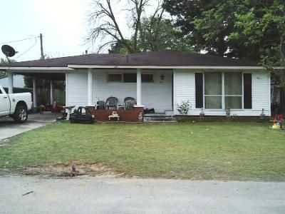 1 Bath Preforeclosure Property in Lake City, AR 72437 - Elm St