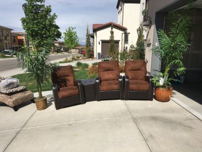 Theatre room reclining chair set