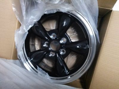 16x7 American racing wheels