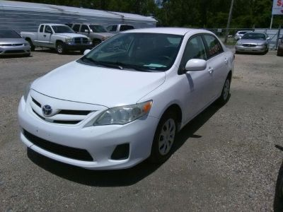2011 Toyota Corolla Base (White)