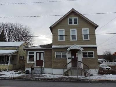 5 Bed 2.5 Bath Foreclosure Property in Northampton, PA 18067 - Newport Ave