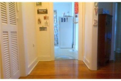Bright Baltimore, 2 bedroom, 1 bath for rent. Pet OK!