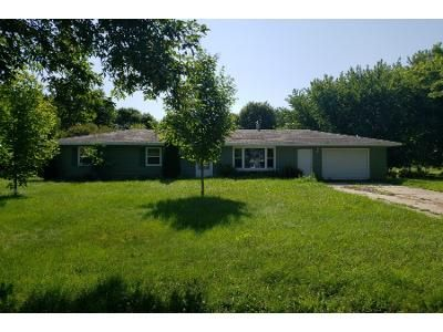 3 Bed 1 Bath Foreclosure Property in Pennock, MN 56279 - 5th St NW
