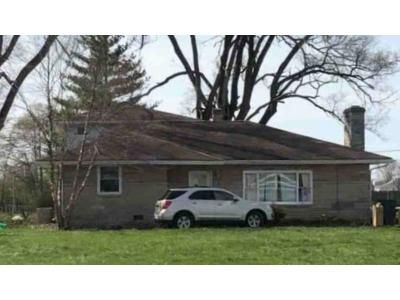 5 Bed 2.5 Bath Foreclosure Property in Greenfield, IN 46140 - E Us Highway 40